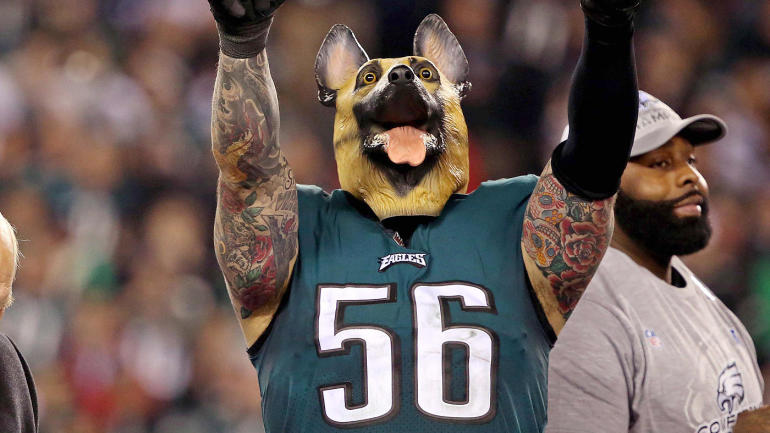 LOOK  Chris Long barks at fans and breaks out the dog mask to celebrate  Eagles win - CBSSports.com 559395afd