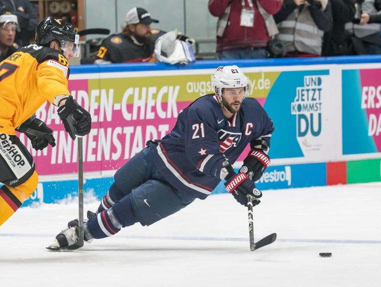 Brian Gionta, Men's Ice Hockey