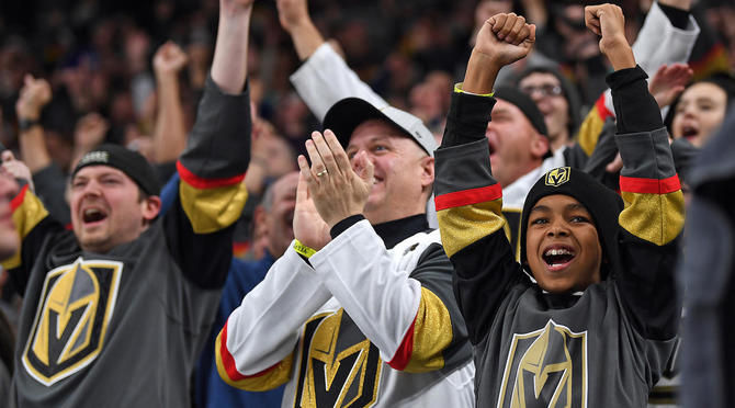 Vegas Golden Knights enact new 'kids only' autograph policy at arena