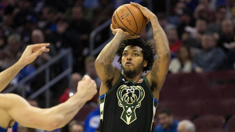 Bucks rookie Sterling Brown arrested, tased in Milwaukee over parking incident - CBSSports.com