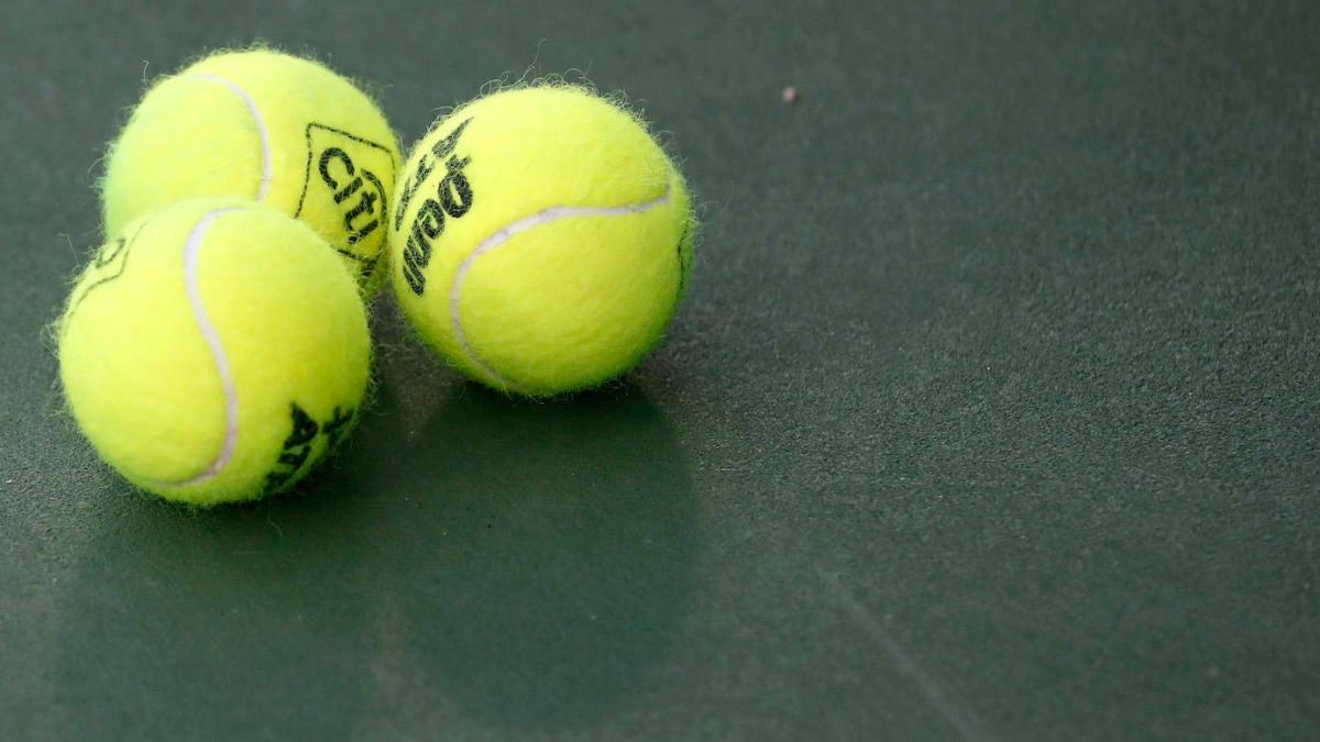 TENNIS - cover