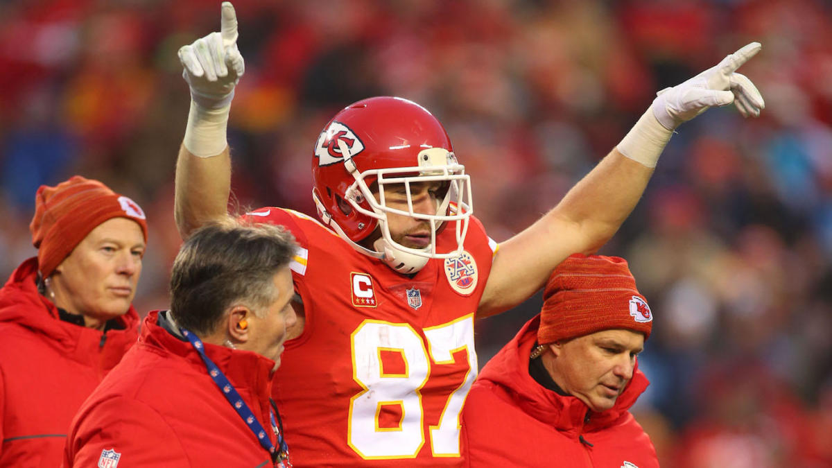 758791fc0af Travis Kelce is already swapping Patrick Mahomes for Alex Smith on 'Madden'  - CBSSports.com