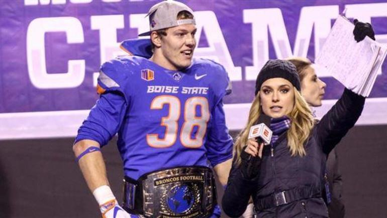 1e11c361a Leighton Vander Esch was the choice for the Dallas Cowboys at No. 19 overall  in the 2018 NFL Draft. The former Boise State linebacker appears to be a ...