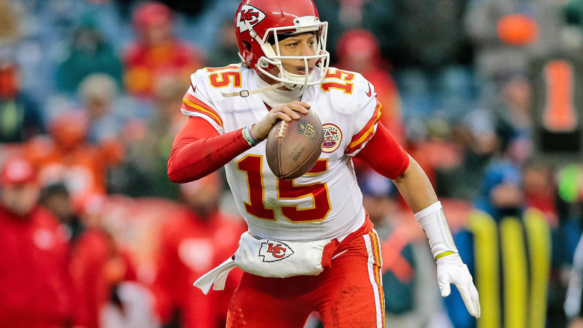 9b9e9d59f94 Patrick Mahomes' ridiculous right arm and more reasons why he's ready to  power the Chiefs - CBSSports.com