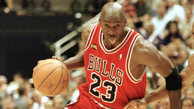 buy online 4a10d 5fa9d Michael Jordan documentary series  The Last Dance  to hit Netflix, ESPN  Films in 2019 - CBSSports.com