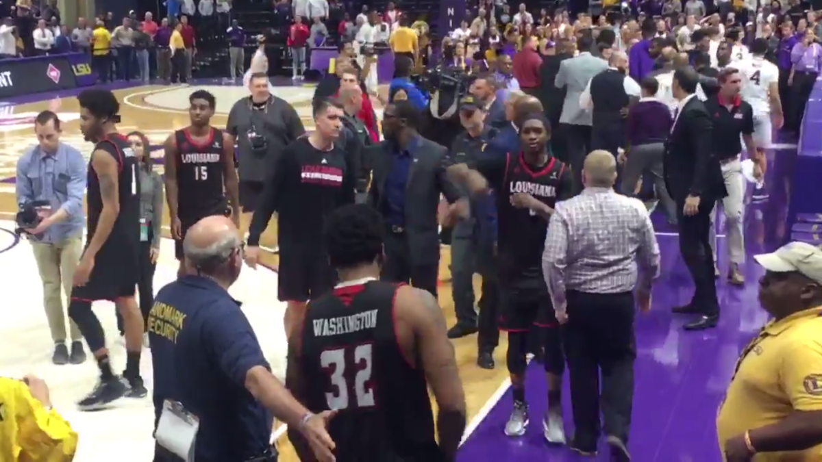 WATCH: LSU and Louisiana coaches get into a heated exchange