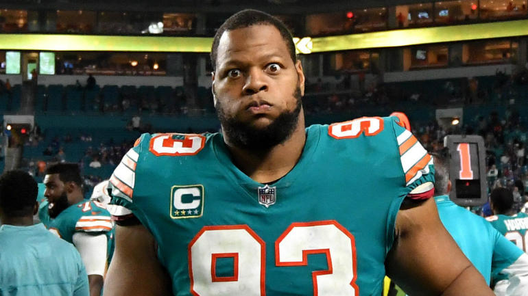 Rams agree to terms with Ndamukong Suh on reported one-year 0e6e0e5d1