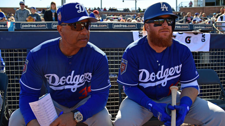 Justin Turner injury to test Dodgers for several weeks, but they have options