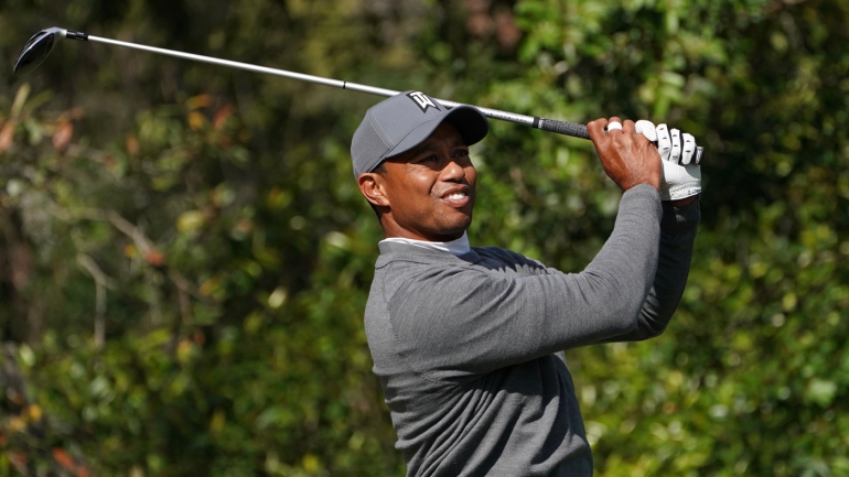 masters 2018  tiger woods  phil mickelson among top 10