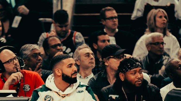 LOOK: Drake rocks a Humboldt Broncos hockey jersey to Raptors