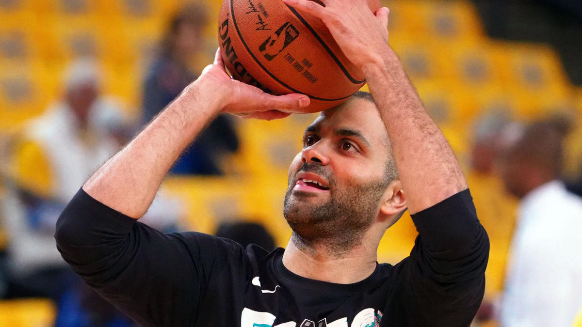 95f8cc4ed93 Hornets guard Tony Parker left the Spurs but says he plans to retire with  San Antonio - CBSSports.com