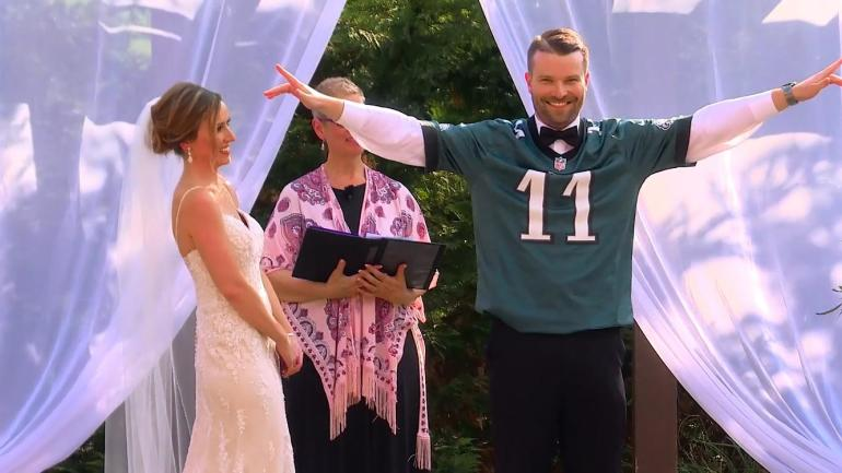 LOOK: Groom rocks Carson Wentz jersey at the altar after winning his wife's Super Bowl bet ...