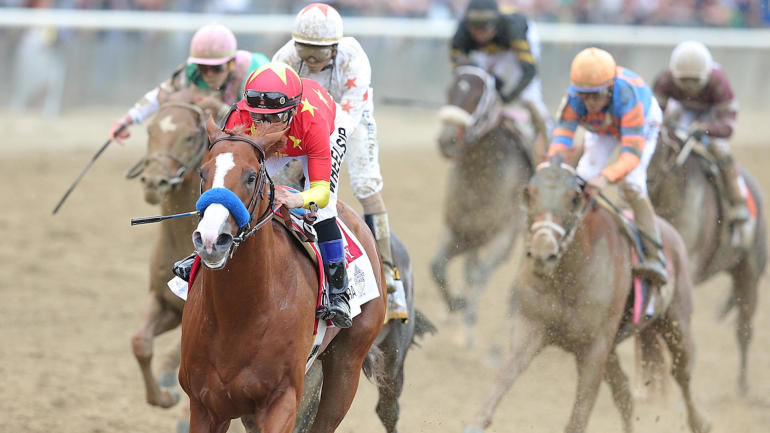 College Bowl Games Lineup >> Woodbine Mile 2018 odds, contenders, lineup: Horse racing legend who nailed Triple Crown races ...