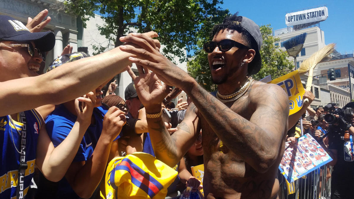 1708dd5dd860 Warriors NBA championship parade: Power ranking the day's most incredible  moments - CBSSports.com