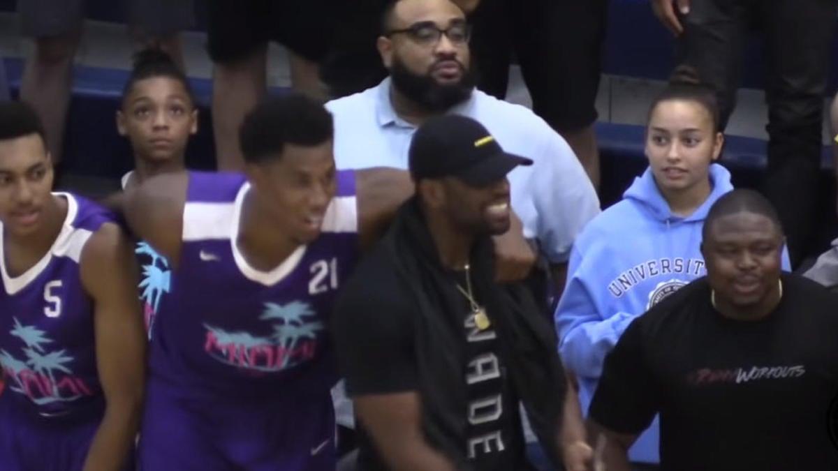 Dwyane Wade's 16-year-old son, Zaire, is already scoring against NBA