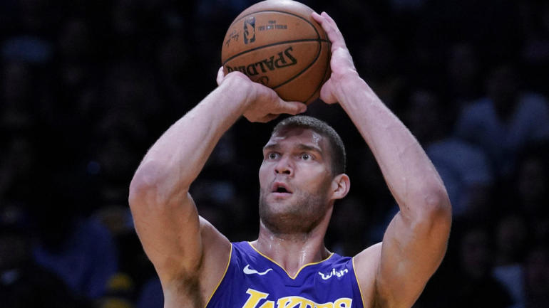 NBA free agency 2018  Lakers  center rotation takes another hit as Brook  Lopez leaves for Bucks - CBSSports.com c05151176