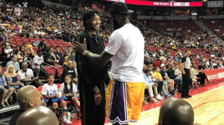 c9375d018d87 LeBron James shows up to Lakers  summer league game in Las Vegas and gets a standing  ovation - CBSSports.com