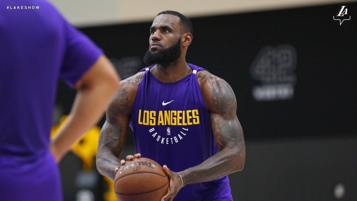 hot sale online 0b12b a01bc LOOK: LeBron shows off new uniform at Lakers practice and ...