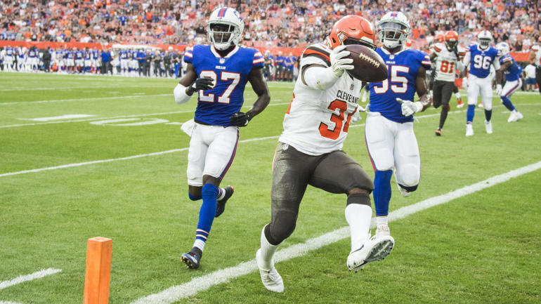 2018 Fantasy Football Draft Prep: Carlos Hyde is a mid-round steal on Draft Day