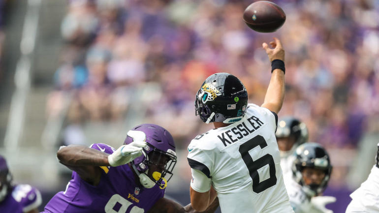 New-roughing-the-passer-aaron-rodgers-rule-vikings-jaguars