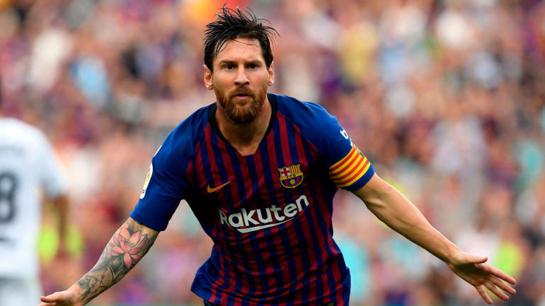 Lionel Messi injury: Barcelona star fractures arm after