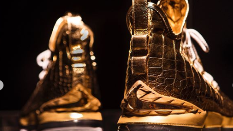 LOOK These custom, gold-dipped crocodile-skin LeBron 15 sneakers are worth  100,000 - CBSSports.com