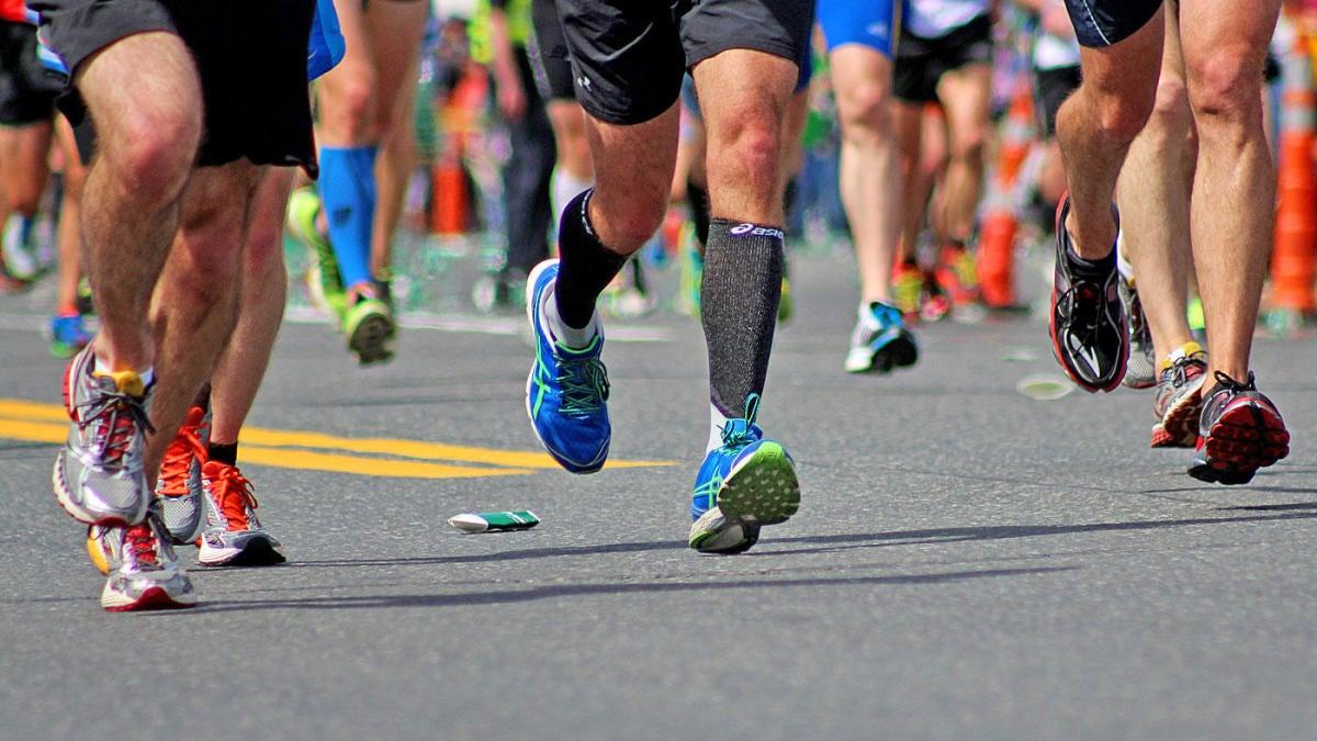 British man runs marathon in backyard garden, raises $22K for COVID-19 relief