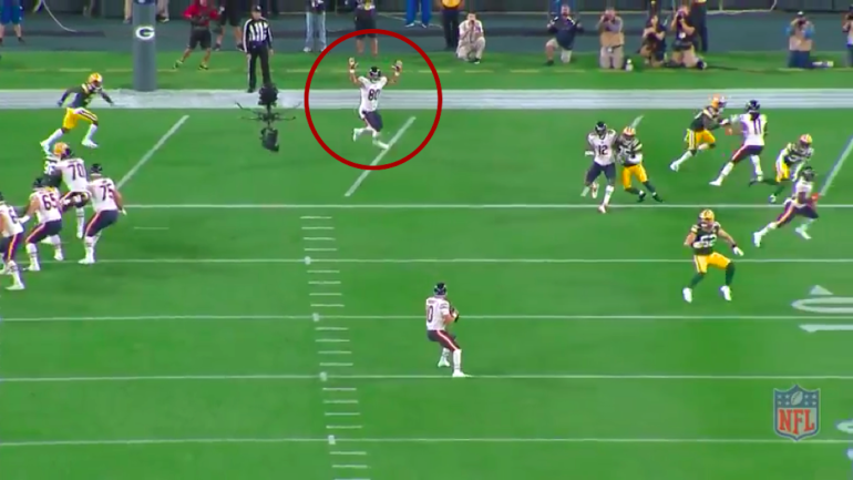 Examining if the Bears  Mitchell Trubisky really did miss a wide-open TD  against the Packers - CBSSports.com 9bdf0dea1