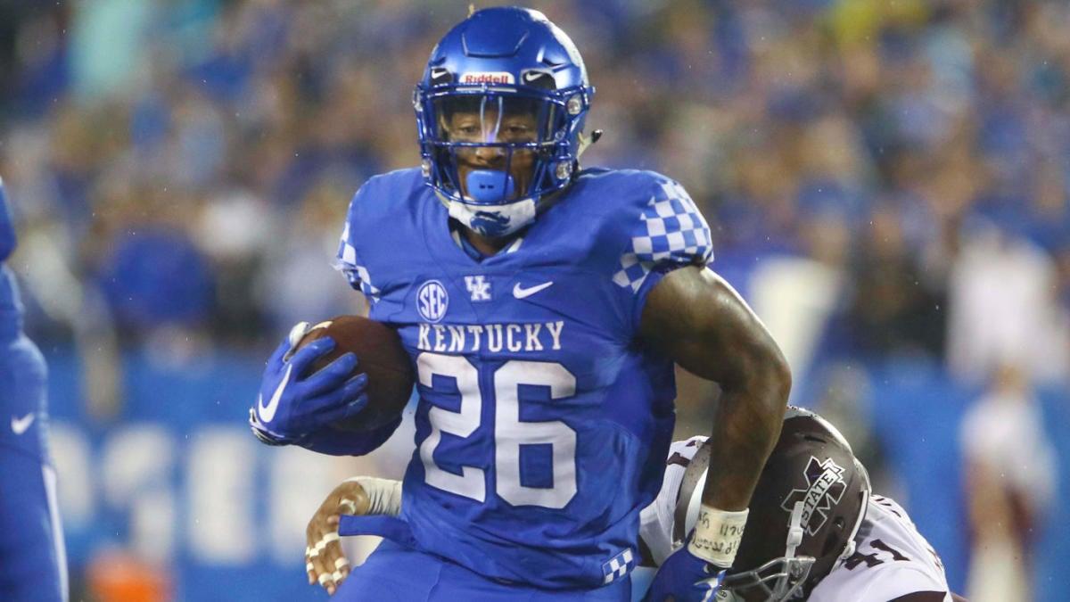 AP Top 25 poll: Kentucky rejoins college football rankings ...