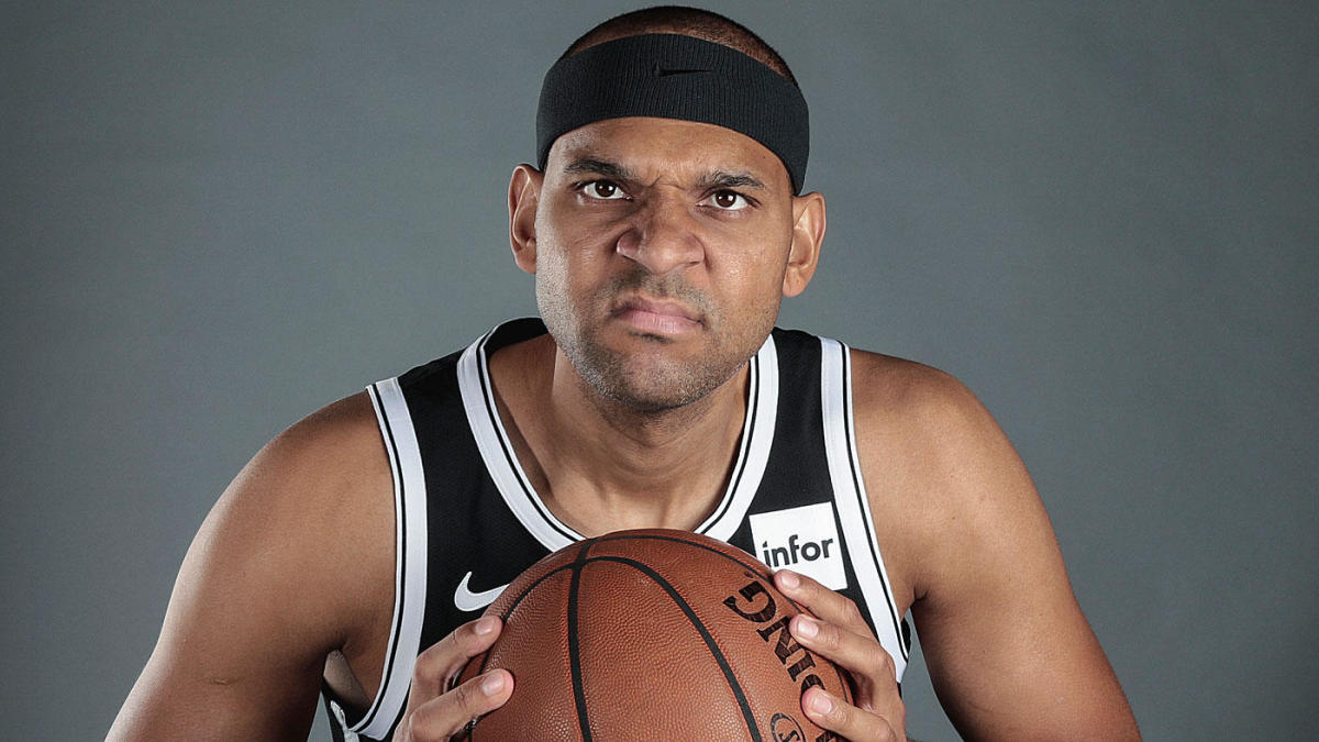 Jared Dudley Is Teaching His Young Nets Teammates How To