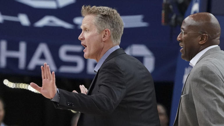 Warriors coach Steve Kerr had the perfect response after he was ejected from a preseason game
