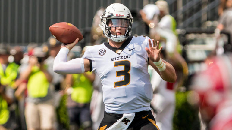 Race for 2019 NFL Draft No. 1 pick  It could be slim pickings for NFL teams  desperate for a franchise QB - CBSSports.com 2328bcba1
