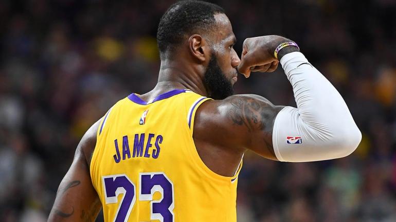 8e3289596b6a NBA preseason  LeBron James