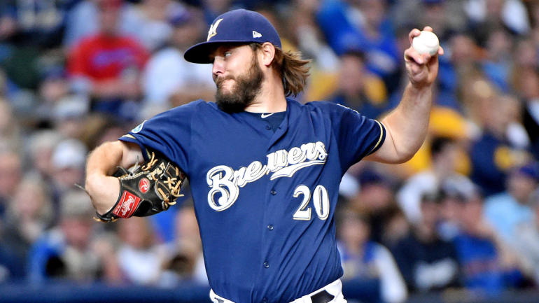 MLB playoffs: Brewers pull Wade Miley after five pitches, and it was reportedly Craig Counsell's plan all along