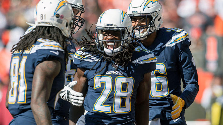NFL owners reportedly worried about Chargers in L.A., team's revenue projection drops $250M