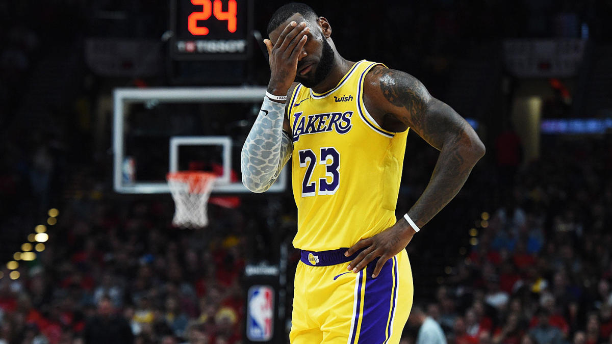 Lakers Vs Trail Blazers Score Highlights Lebron James Has Strong Debut But L A S Problems Evident In Loss Cbssports Com