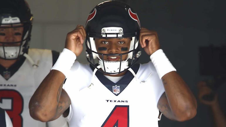 Banged Up Deshaun Watson Takes Bus To Jacksonville Instead