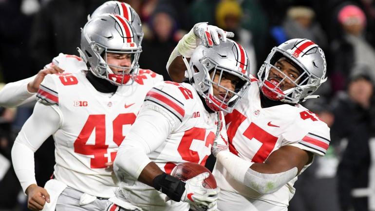 College Football Resume Rankings Ohio State Still Ahead Of Michigan