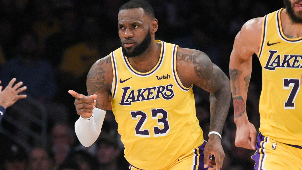 buy popular b21cd df86f NBA scores, highlights: LeBron's triple-double helps Lakers ...