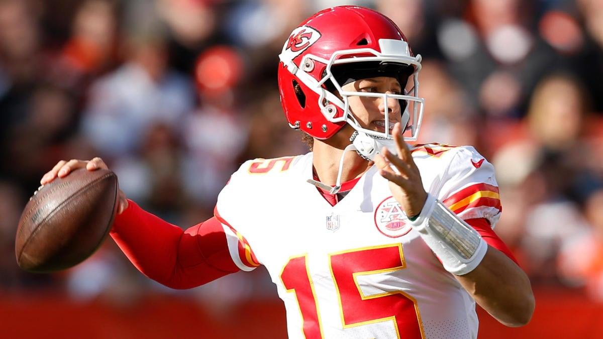 Chiefs vs. Broncos odds, line: Thursday Night Football picks, predictions from model on 86-58 run