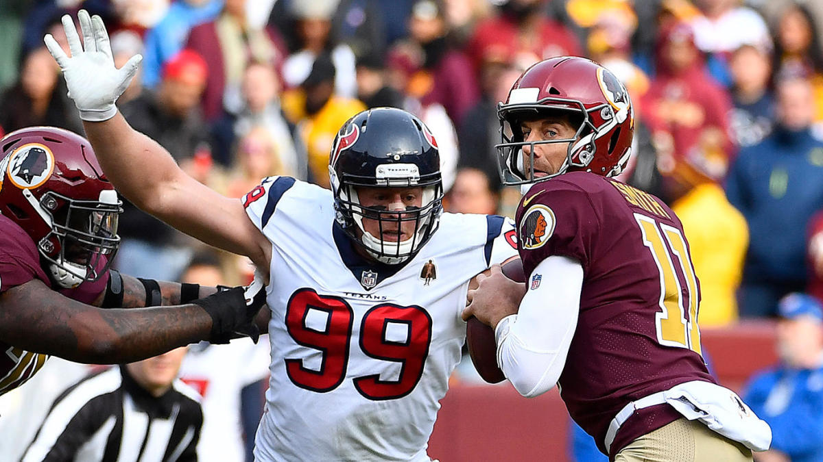 Redskins' Alex Smith suffers gruesome injury 33 years to the