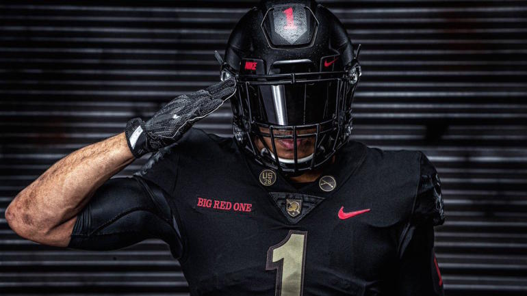 LOOK  Army unveils awesome alternate uniforms for Navy game that honor WWI . 1b63d253c