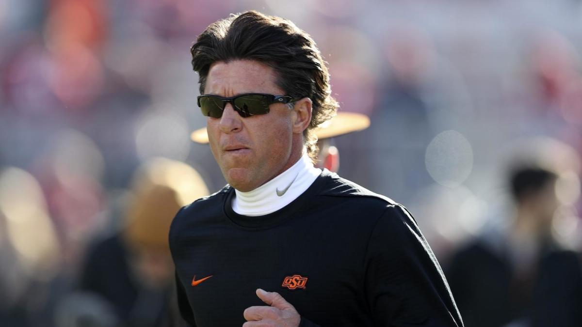 Oklahoma State Coach Mike Gundy Uses Donkey Kong Strategy