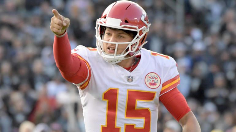 2018 nfl mvp watch  race heats up as patrick mahomes replaces drew brees as unanimous choice