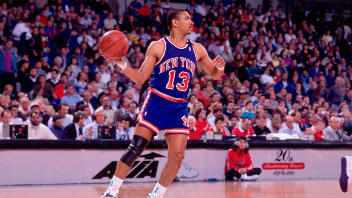 Menendez Brothers Appear In Background Of Mark Jackson