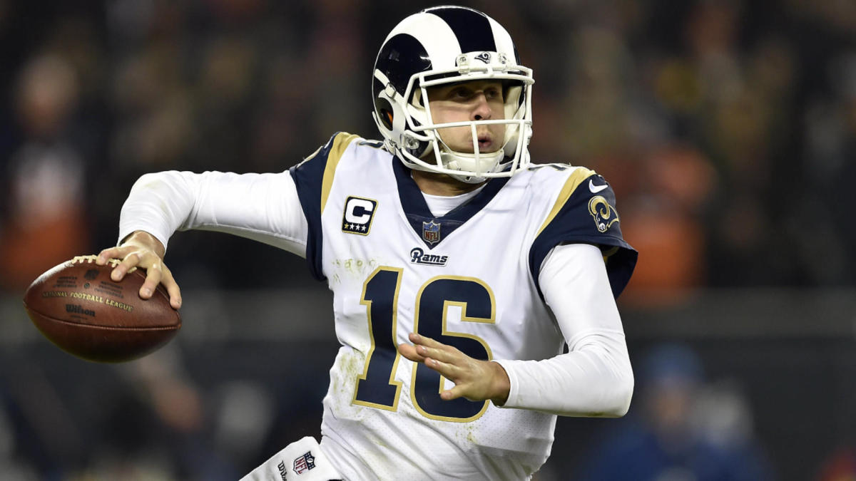 Sunday Night Football odds, line: Rams vs. Bears picks, top predictions from NFL expert who's 51-25