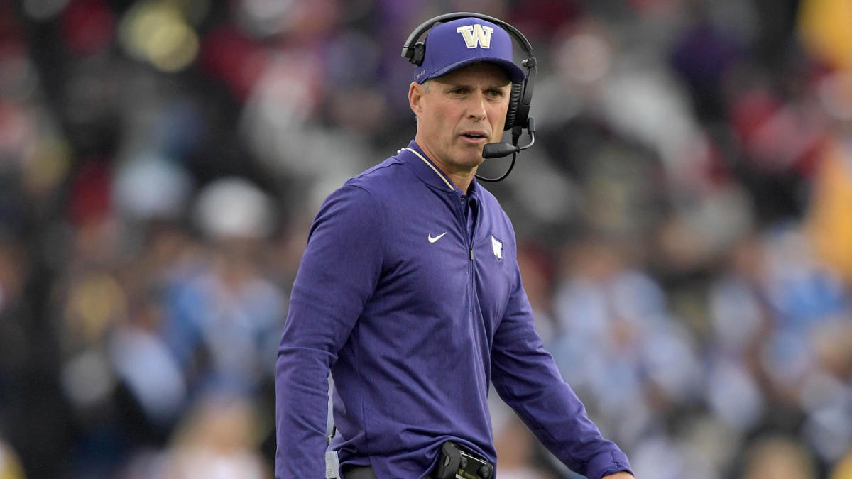 Washington coach Chris Petersen to step down, move into advisory role as Jimmy Lake named coach
