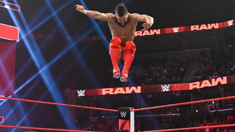 Wwe Raw Results Recap Grades Royal Rumble Gets Shaken