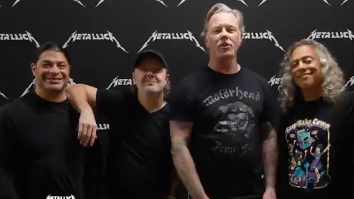 Metallica congratulates Mariano Rivera on his unanimous Hall of Fame induction