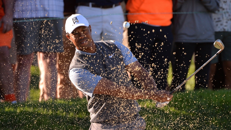 tiger woods score  third round stall leaves too much room
